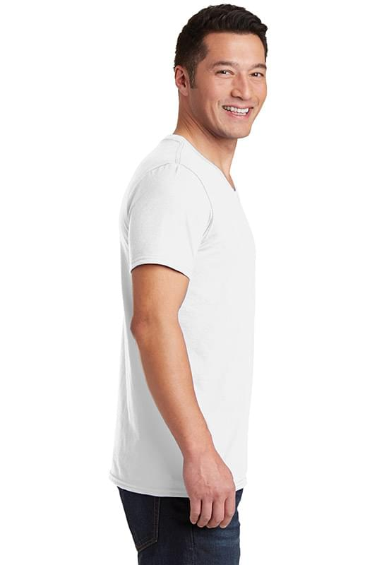 Gildan Softstyle ®  V-Neck T-Shirt. 64V00