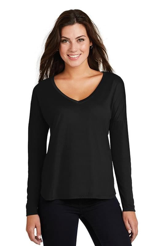 District  ®  Women's Drapey Long Sleeve Tee. DM413