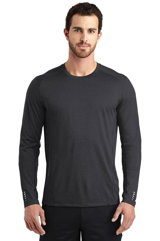OGIO ®  ENDURANCE Long Sleeve Pulse Crew. OE321